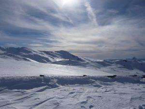 Vous pourrez profiter des montagnes enneigées de la Sierra Nevada pour skier